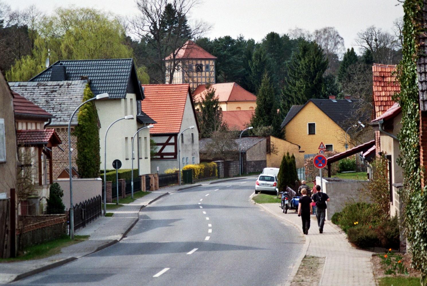 Dorfstrasse Prenden