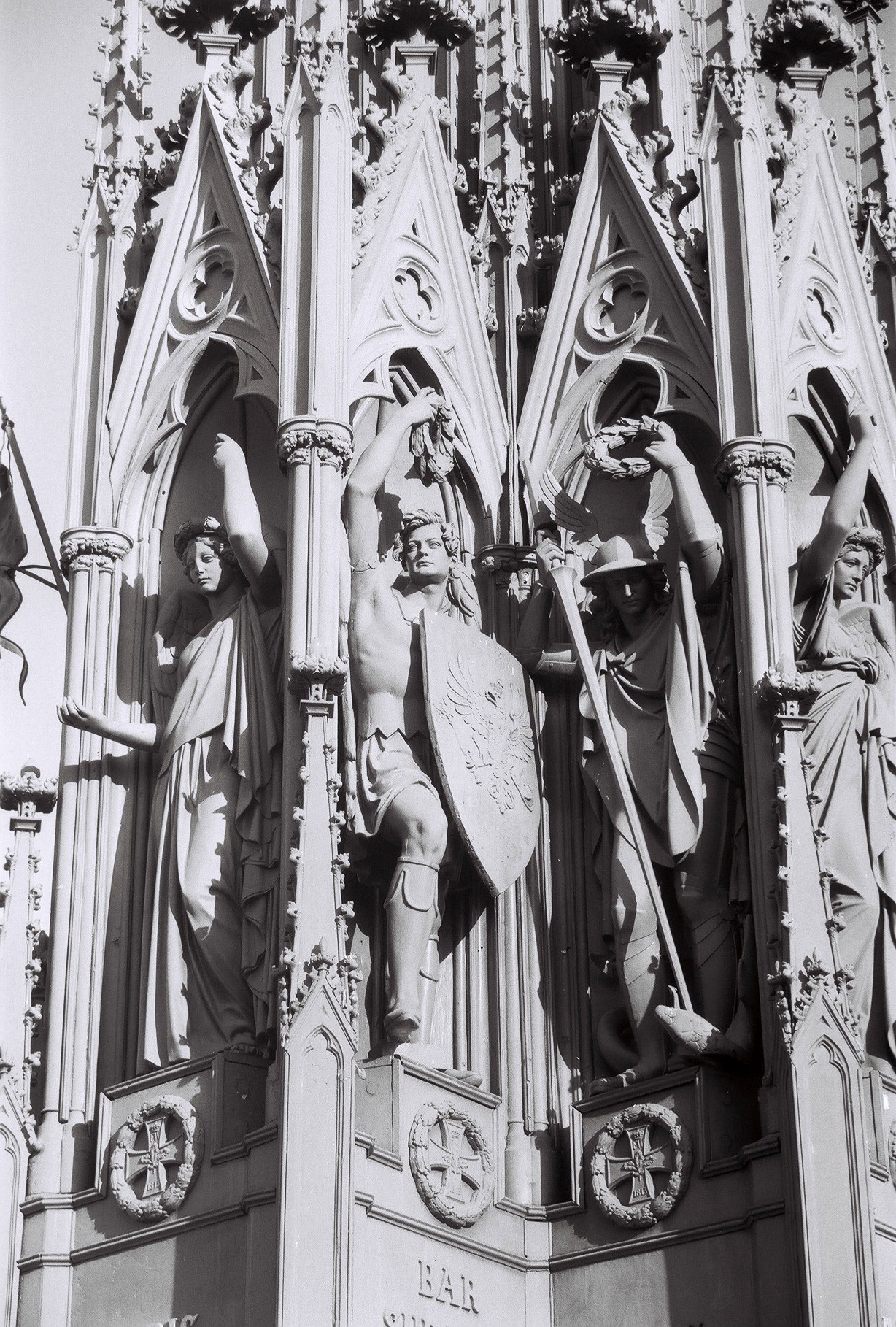 Schinkel Nationaldenkmal Kreuzberg Detail