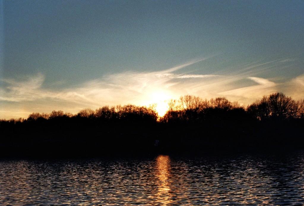 Sonnenuntergang (von der Fähre F11)