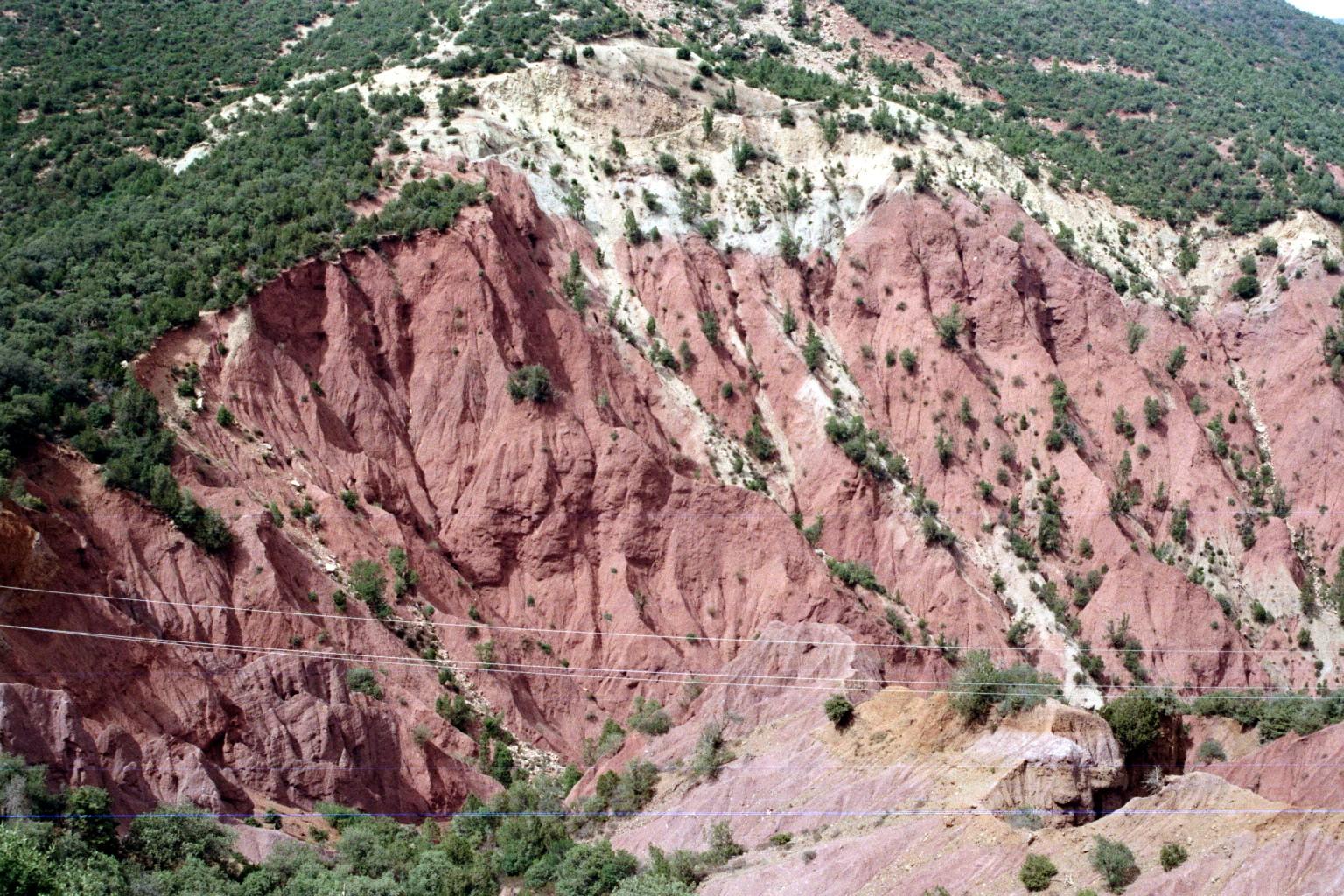 Rotes Gestein im Hohen Atlas