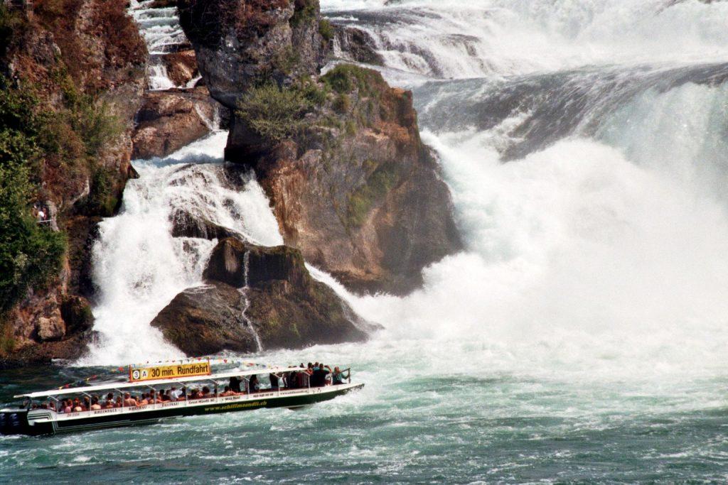 Der Rheinfall bei Schaffhausen (Schweiz) Europa nature gallery Schaffhausen Schweiz Verwunschene Orte