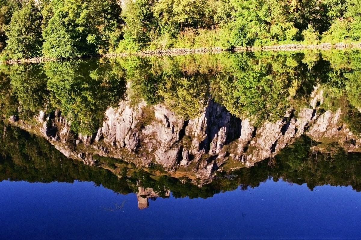 Burg Randeck im Spiegel
