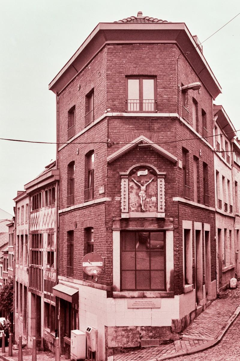 Straßenkreuzung in Liège